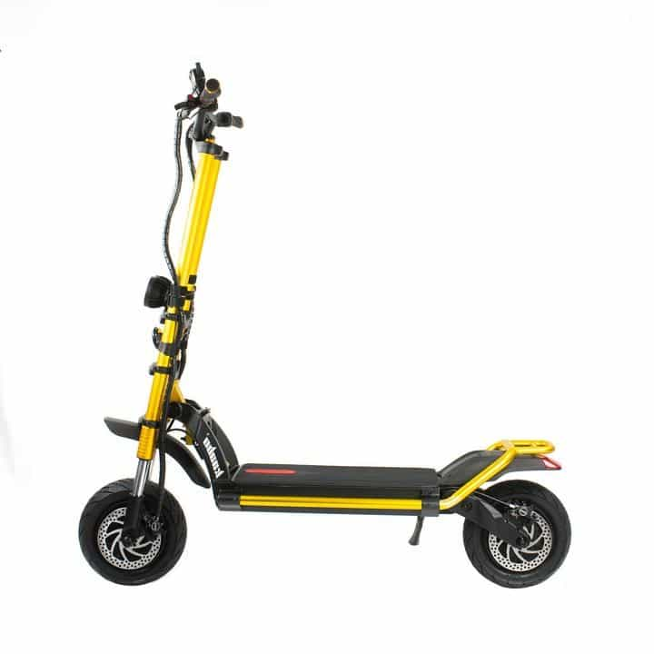 Electric scooters in snow: Are they Good? (+5 Best of the Best)